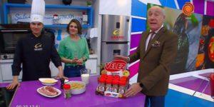 """El """"Lagarto"""" presentando el nuevo Condimento Parrillero Velez"""